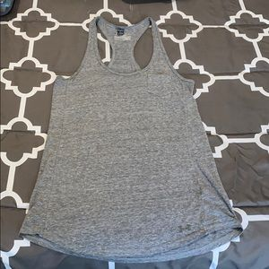 Under armour women's semi-fitted active tank